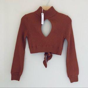 O.Vianca // Crop Key Hole Sweater